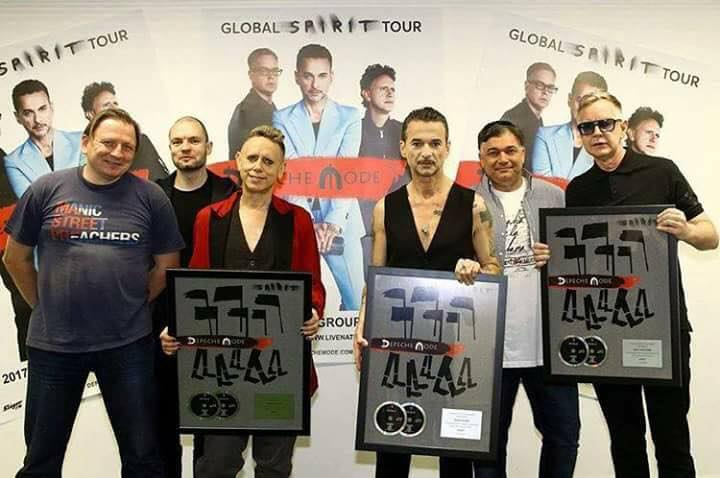 depeCHe MODE - Double Platinum Award for SPIRIT album - Budapest - 2017